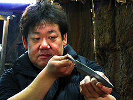 松尾刃物製作所 松尾義明 氏、白鋼本焼・柳刃包丁9寸